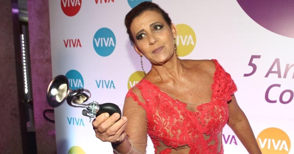 cA ex- chacrete Rita Cadilac comparece à festa de 5 anos do canal Viva!, no Teatro Alfa, em São Paulo