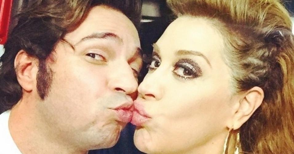 """Claudia Raia grava as últimas cenas de """"Alto Astral"""" com Conrado Caputo. No Instagram, o ator celebra a parceria na novela que chega ao fim nesta semana"""
