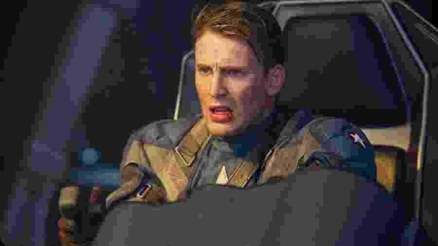 """Chris Evans como o Capitão América, em """"Capitão América: O Primeiro Vingador"""" - Divulgação"""