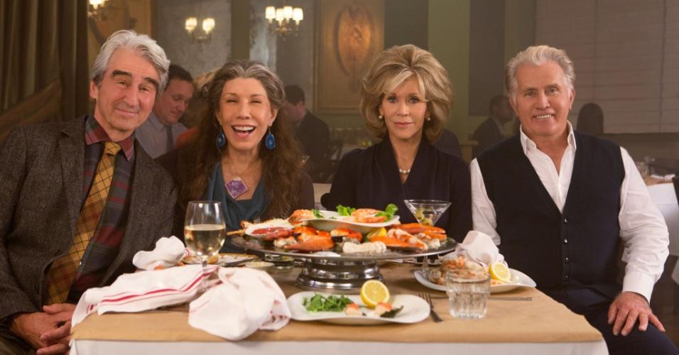 """Sam Waterson, Lily Tomlin, Jane Fonda e Martin Sheen são os protagonistas de """"Grace e Frankie"""", série da Netflix que conta a história de duas mulheres cujos maridos as deixam para ficarem juntos"""