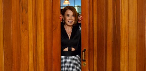 Pretes a completar 55 anos, Zilu Godoi quer abrir as portas dos estúdios e da vida para enfrentar um novo desafio: ser apresentadora de TV