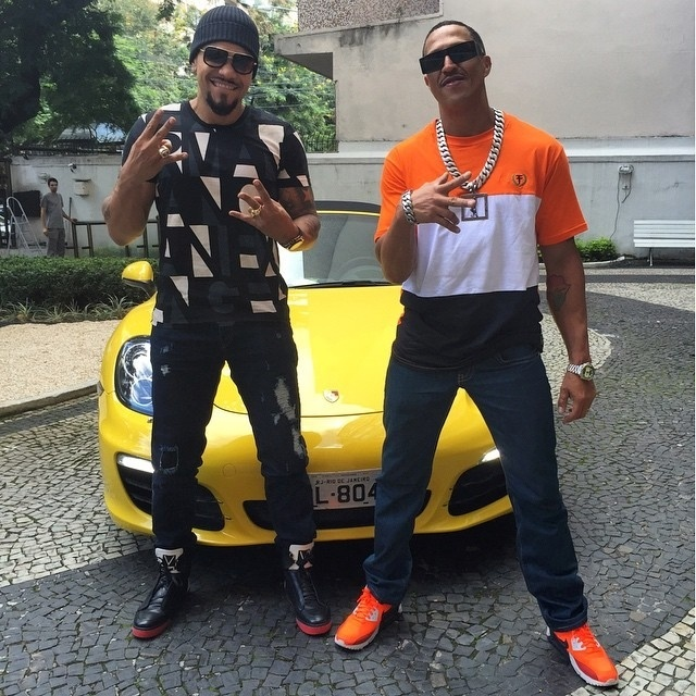 Naldo e Mano Brown anunciam parceria