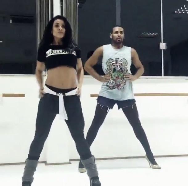 Scheila Carvalho dança stiletto com o professor Vinicius Nascimento, de Salvador