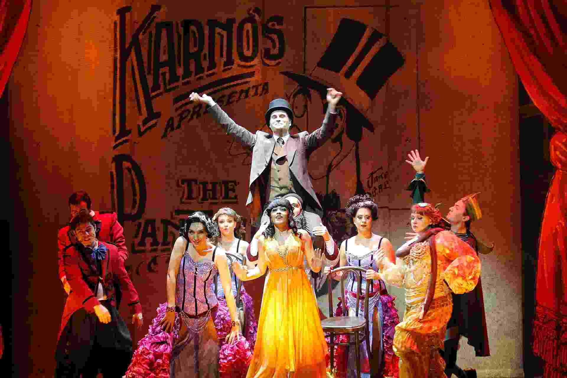 """12.mai.2015 - Cena do espetáculo """"Chaplin, o Musical"""", que estreia dia 14 de maio, no Theatro Net, em São Paulo - Reinaldo Canato/UOL"""
