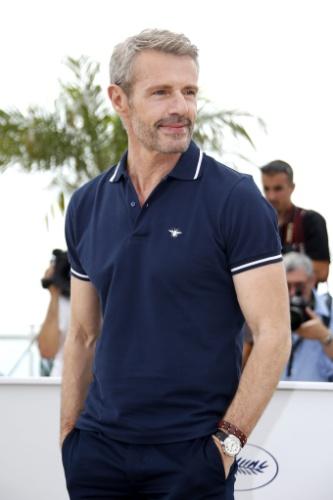 13.mai.2015 - O ator francês Lambert Wilson posa para fotos no primeiro dia da 68ª edição do Festival de Cannes