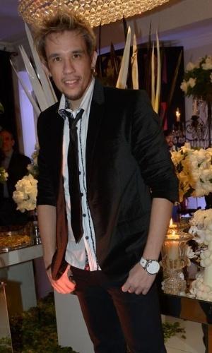 13.mai.2015 - Kiko, do KLB, prestigia o aniversário de Fabio Arruda em São Paulo, nesta quarta-feira