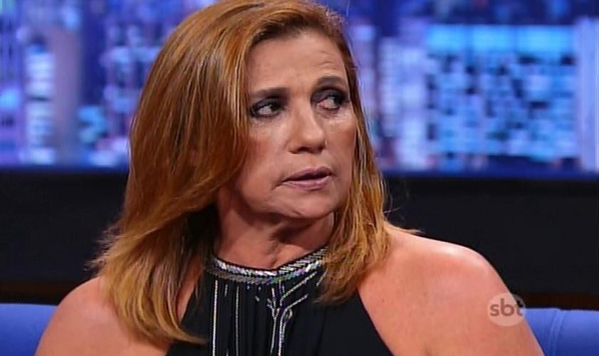 """13.mai.2015 - Rita Cadillac rebate declarações de Alexandre Frota no """"The Noite"""""""