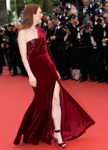 14.mai.2015 - Julianne Moore, que venceu o prêmio de melhor atriz no Festival de Cannes 2014 por