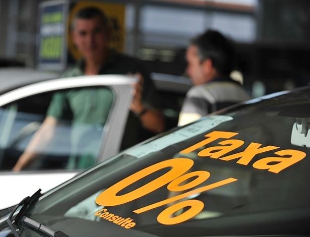 Caixa e BB abriram R$ 8,1 bilhões em crédito para reestimular setor de autopeças; como voltar a crescer e salvar empregos se falta confiança ao consumidor? - Félix Zucco/Agência RBS/Folhapress