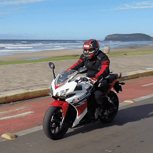 Honda CBR 500R ABS - Ricardo Jaeger/Infomoto