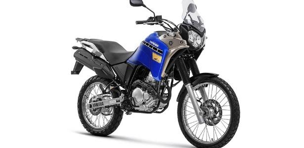 Motor de 250 cc passa a beber etanol para se adequar ao programa de controle de poluição para motocicletas, que ficará mais restrito a partir de 2016