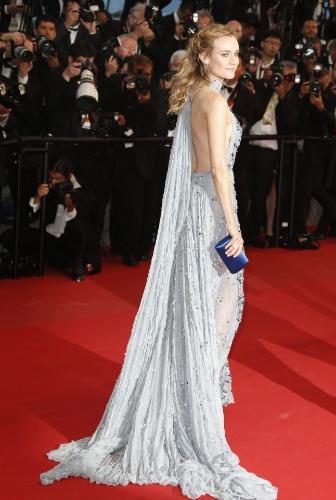 16.mai.2015 - A ex-modelo a atriz alemã Diane Kruger posa para fotos na sua chegada ao tapete vermelho do Festival de Cannes. Kruger ficou conhecida por interpretar Helena, no filme