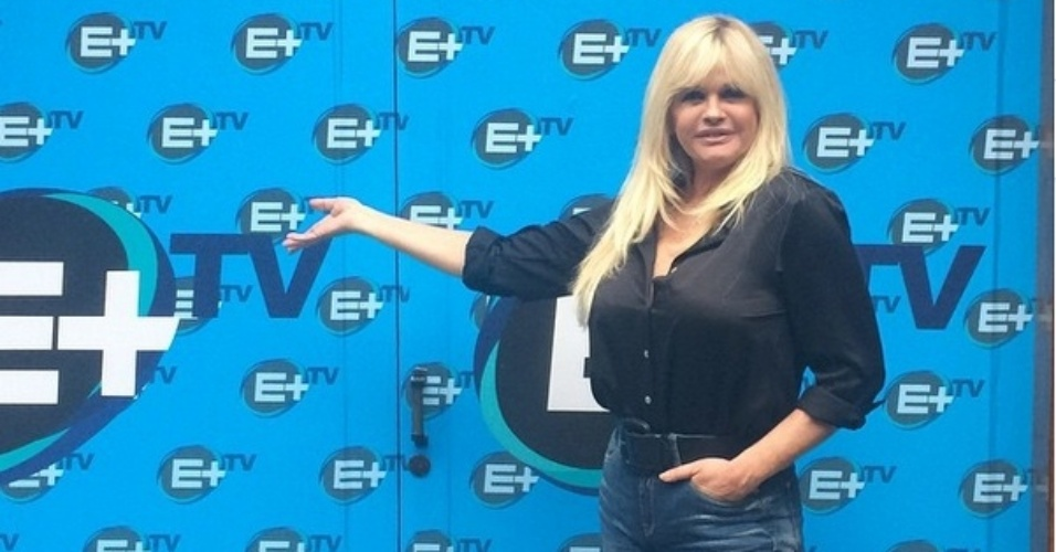 Monique Evans assina com o canal E+