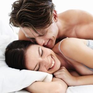 Vida sexual masculina pode ser mais sadia com dieta rica em frutas, legumes, chá e vinho - Getty Images