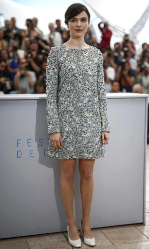 20.mai.2015 - A atriz britânica Rachel Weisz posa para fotógrafos durante a apresentação do filme