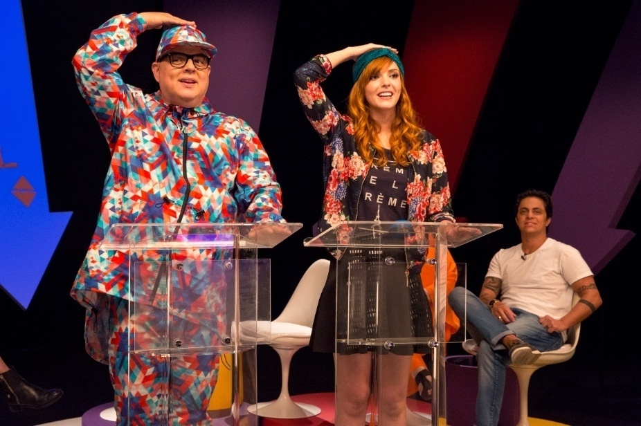 Titi Müller e Zé Pedro participaram de um quiz sobre a carreira da Spice Girls e a apresentadora provou que sabe tudo sobre as inglesas