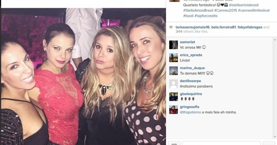 21.mai.2015 - Na manhã desta quinta-feira, a atriz Milena Toscano publicou uma foto em que aparece se divertindo com três amigas na balada em Cannes. O Festival de cinema da cidade acaba no próximo domingo (24)