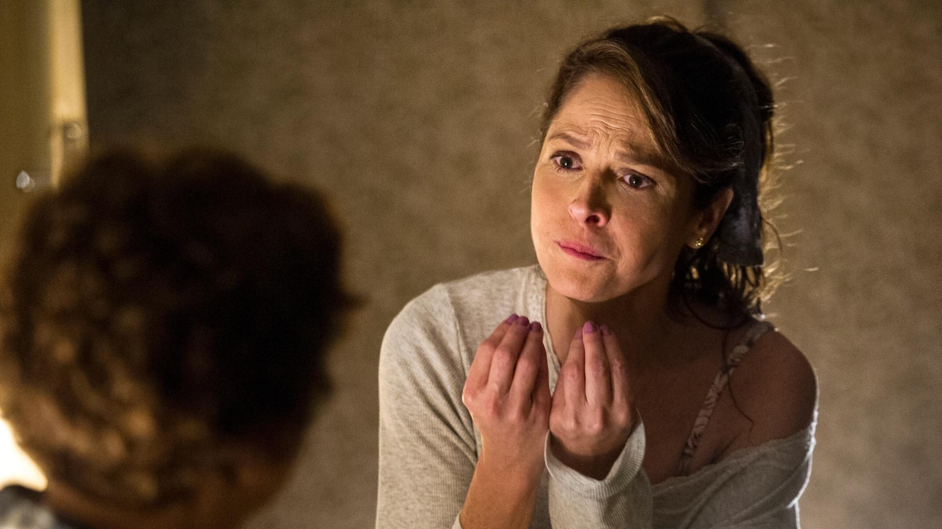 22.mai.2015 - Drica Moraes grava como Carolina, personagem da novela