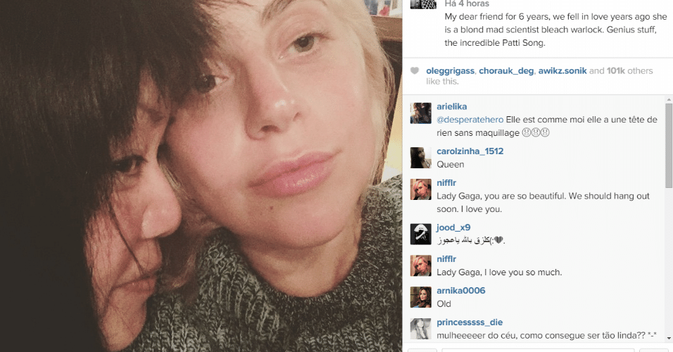 22.mai.2015 - Lady Gaga volta a platinar os cabelos e posta foto no Instagram sem maquiagem, na madrugada desta sexta-feira