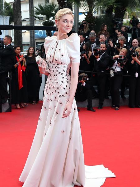 """23.mai.2015 - Elizabeth Debicki em sessão de """"Macbeth"""", no Festival de Cannes - AFP"""