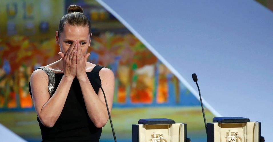 24.mai.2015 - Emmanuelle Bercot vence prêmio de melhor atriz em Cannes com