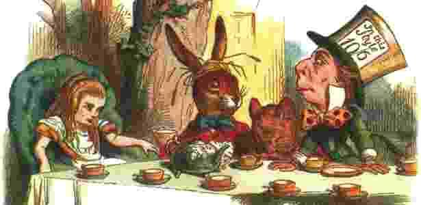 """Versão colorida de ilustração de John Tenniel para """"As Aventuras de Alice no País das Maravilhas"""" - Reprodução"""