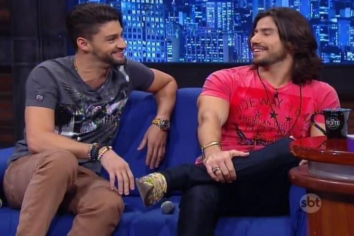 """27.mai.2015 - Munhoz e Mariano revelam seus apelidos de infância no """"The Noite"""", do SBT, nesta quarta-feira"""