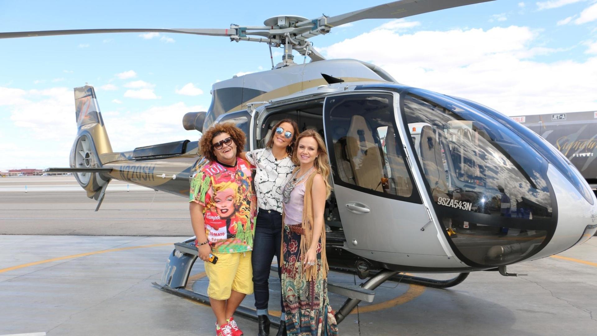 Eliana sobrevoa o Grand Canyon na companhia de Ivete Sangalo e do promoter Gominho