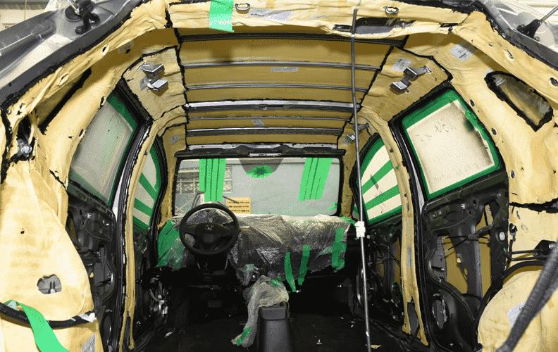 Blindagem com partes pré-moldadas da Dupont - Murilo Góes/UOL