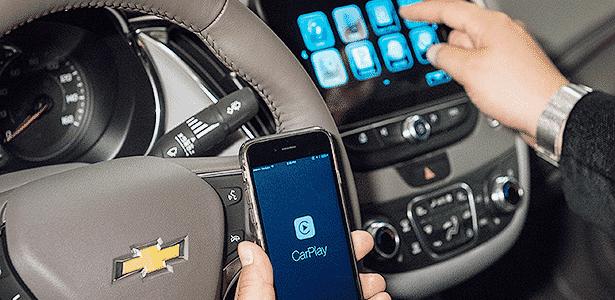 Sistema da GM com CarPlay, da Apple - Divulgação - Divulgação