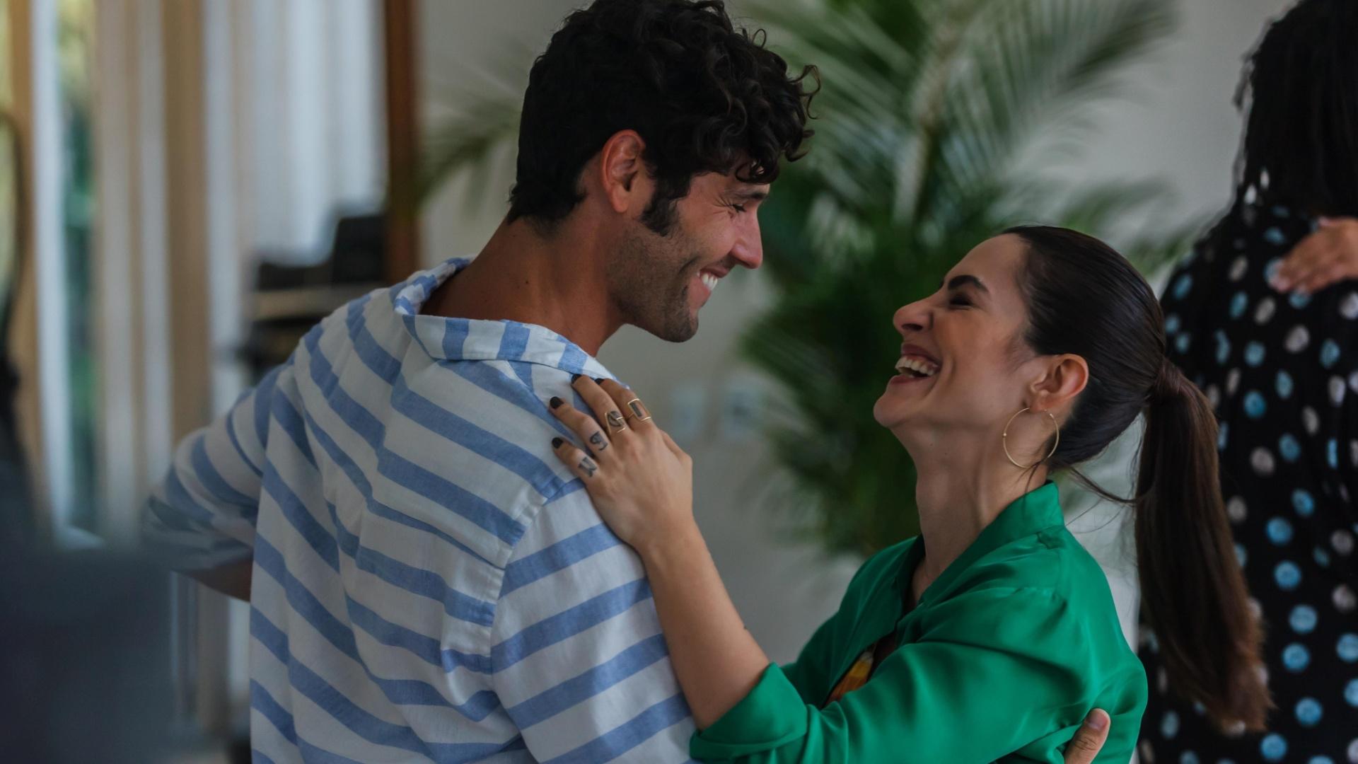 Cleo Pires em uma de dança com Dudu Azevedo no filme