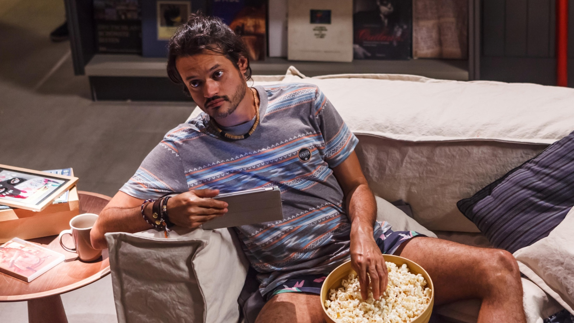 Álamo Facó interpreta Magrão, o cômico amigo de Marcelo