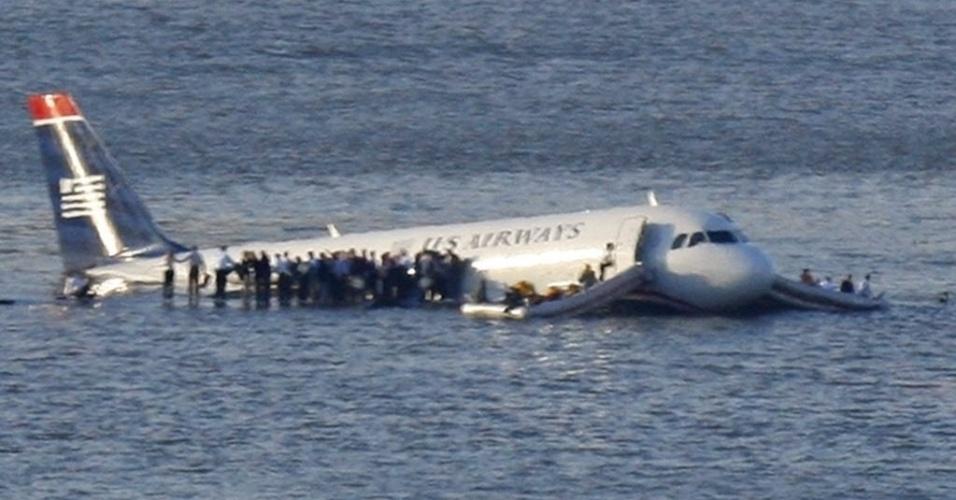 O Airbus A320 da US Airways, que pousou no rio Hudson em 2009
