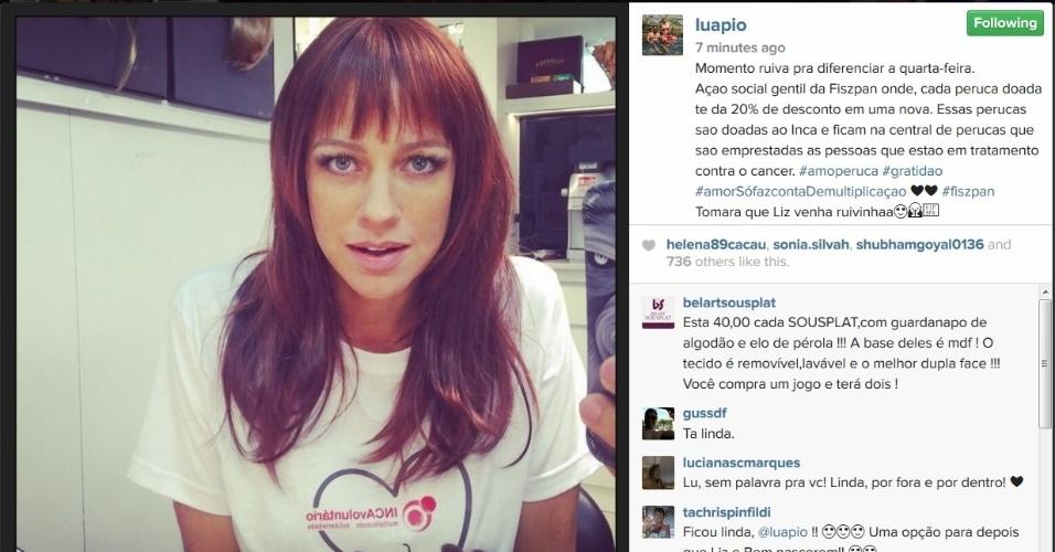 3.jun.2015 - Na manhã desta quarta-feira, Luana Piovani posto uma foto no Instagram em que aparece usando uma peruca ruiva para uma campanha