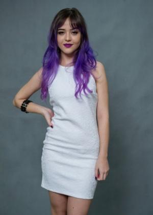Nina (Bella Piero): Amiga de Giovanna (Ágatha Moreira). Se veste como as outras, mas não é tão bonita, nem tão rica, nem tão fútil
