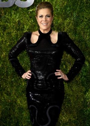 Rita Wilson comparece ao Tony Awards no Radio City Music Hall, em Nova York