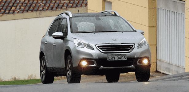Dos novos SUVs, Peugeot 2008 é o que tem condições mais acertadas: há uma versão específica para o programa, a Allure Business 1.6 A/T, cujo preço, já com os descontos, fica em R$ 53.405,81; fila de espera também não é tão grande - Murilo Góes/UOL