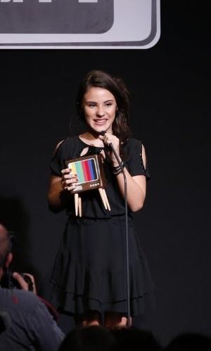 """8.jun.2015 - Giovanna Rispoli ganhou o prêmio de melhor atriz infantil pela Claudia, de """"Boogie Oogie"""""""