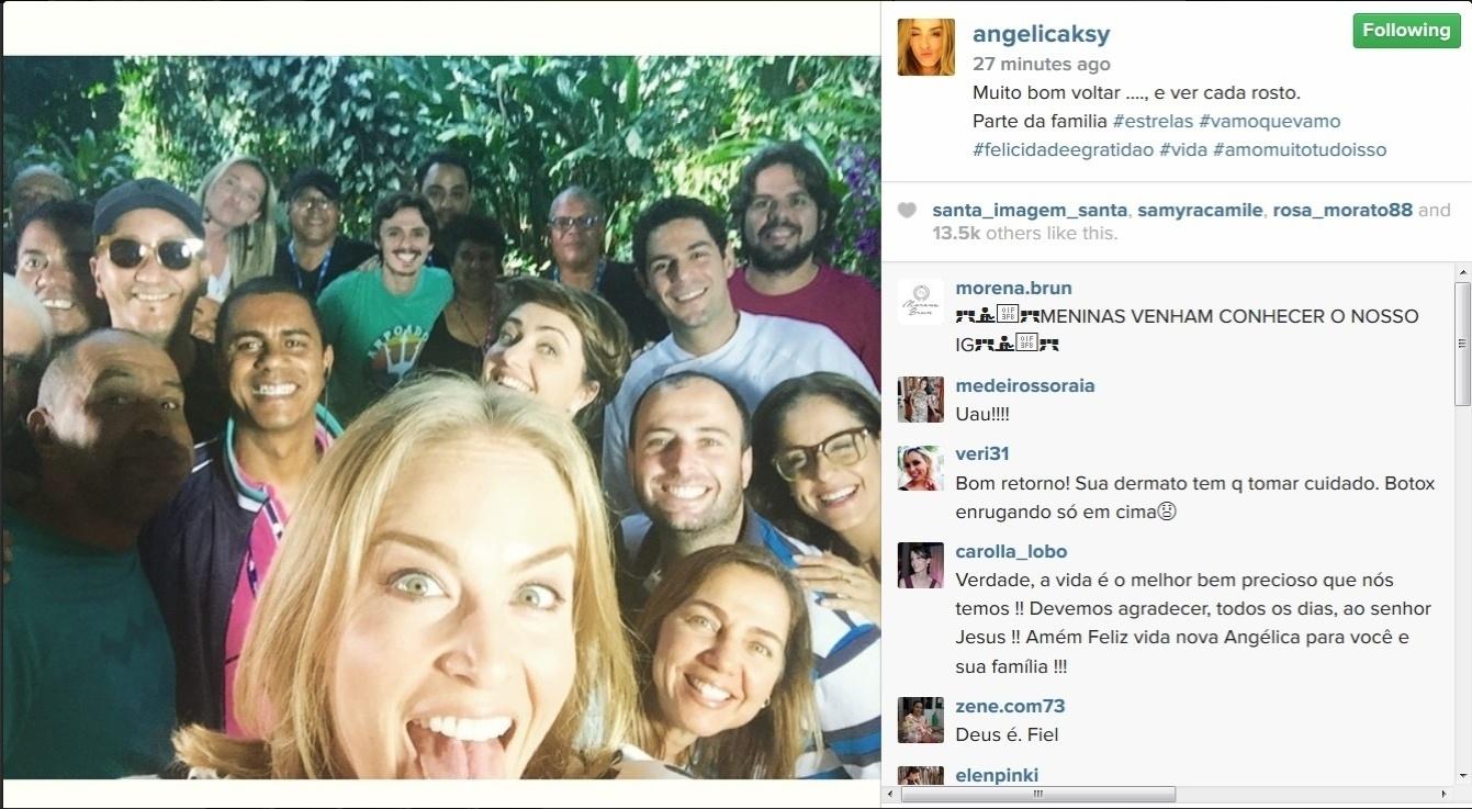 9.jun.2015 - Angélica parece estar recuperada do acidente aéreo que sofreu no dia 24 de maio. Na tarde desta terça-feira, a apresentadora postou uma foto no Instagram nos bastidores do ?Estrelas?