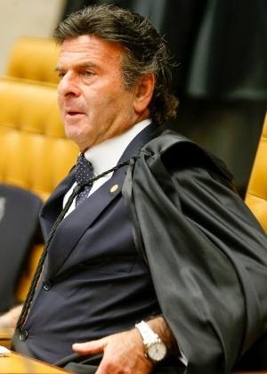 O ministro Luiz Fux durante sessão plenária do STF