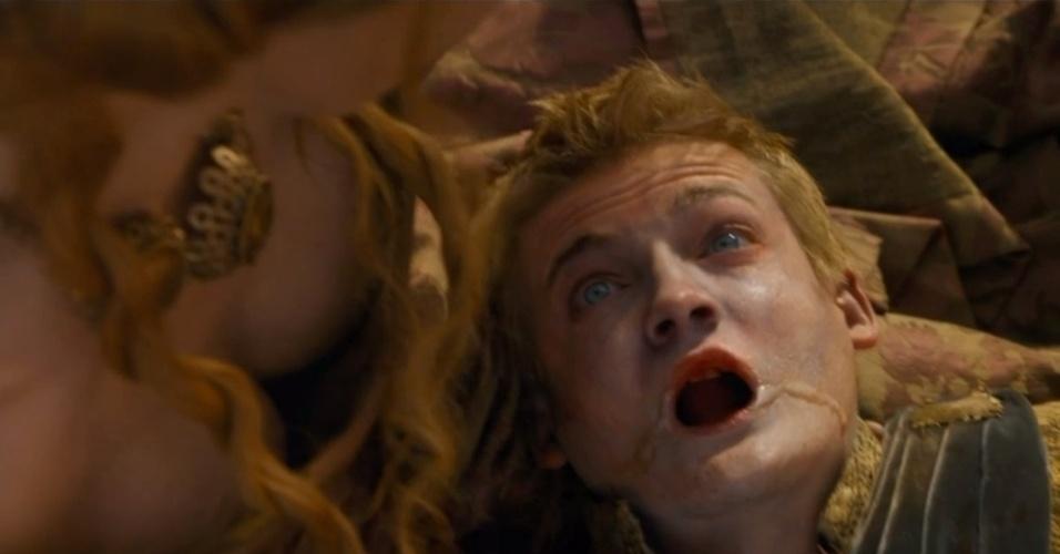 "Joffrey morre envenenado em ""Game of Thrones"""