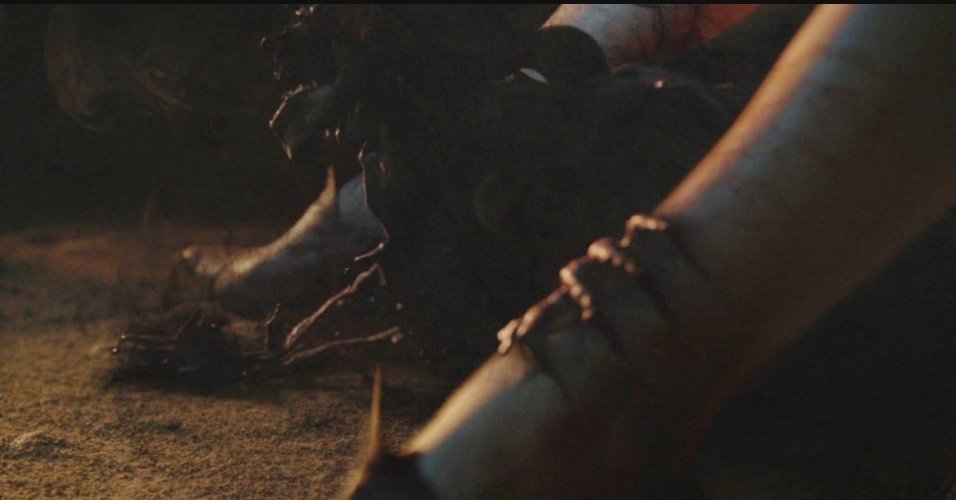 """Melisandre dá à luz uma sombra em """"Game of Thrones"""""""