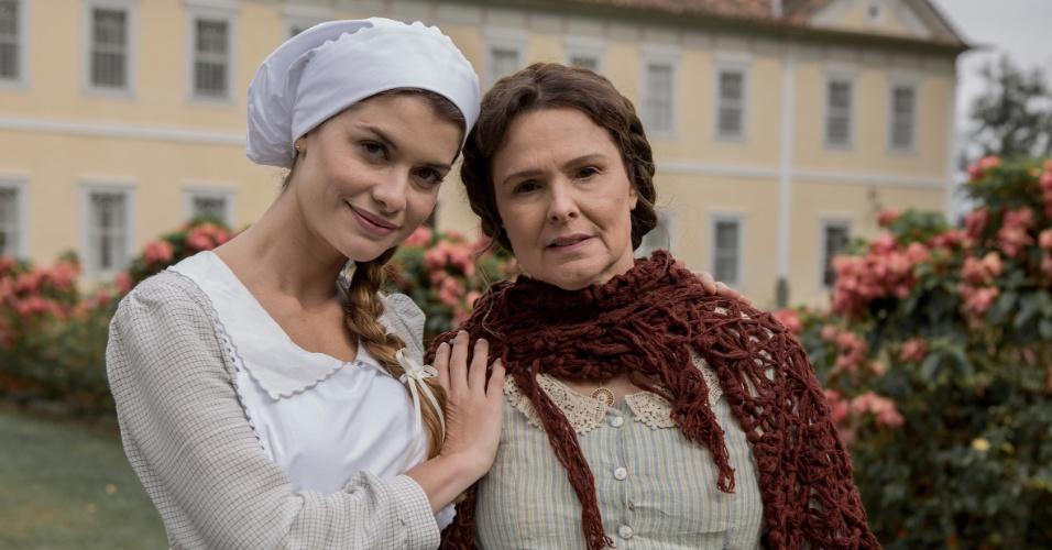 """Alinne Moraes e Louise Cardoso nos bastidores da novela """"Além do Tempo"""""""