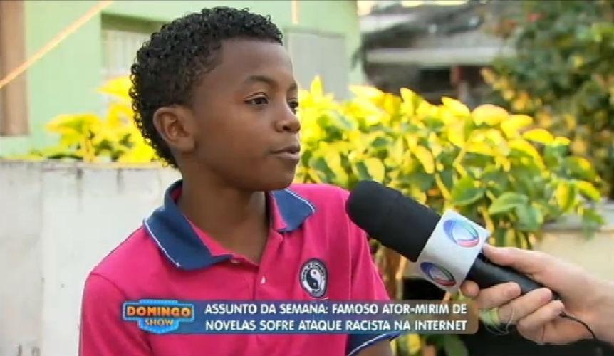 14.jun.2015 - Ator-mirim é vítima de racismo