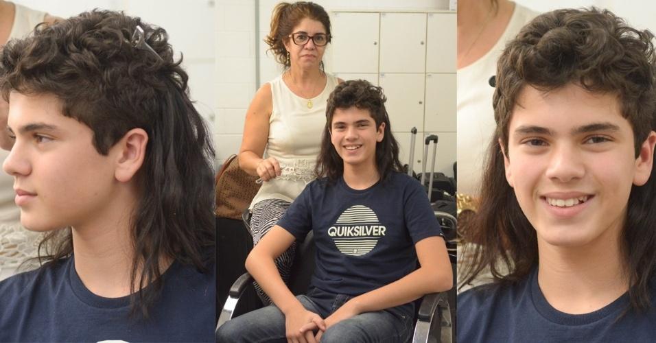 """16.jun.2015 - Matheus Lustosa, que interpretava o personagem André em """"Chiquititas"""", exibida pelo SBT, entrou para o elenco da novela """"Os Dez Mandamentos"""", da Tv Record. Para isso, ele precisou colocar aplique nos cabelos. O ator viverá Bak, filho do egípcio Meketre (Luciano Szafir) com a amante, Karen (Anita Amizo), que trabalha na Casa de Senet. Bastardo, o menino será criado por Abigail (Bianka Fernandes) e Zelofeade (Felipe Cardoso) e não sabe quem é seu pai"""