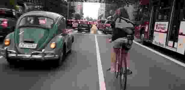 """Cena do documentário """"Bikes vs Cars"""", do cineasta sueco Fredrik Gertten - Reprodução"""