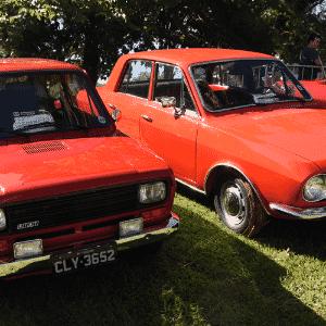 Fiat 147L 1978 e Ford Corcel 1972 de propriedade de Benedito; II Encontro Brasileiro de Autos Antigos de Águas de Lindóia, SP 05/Junho/2015 - Murilo Góes/UOL