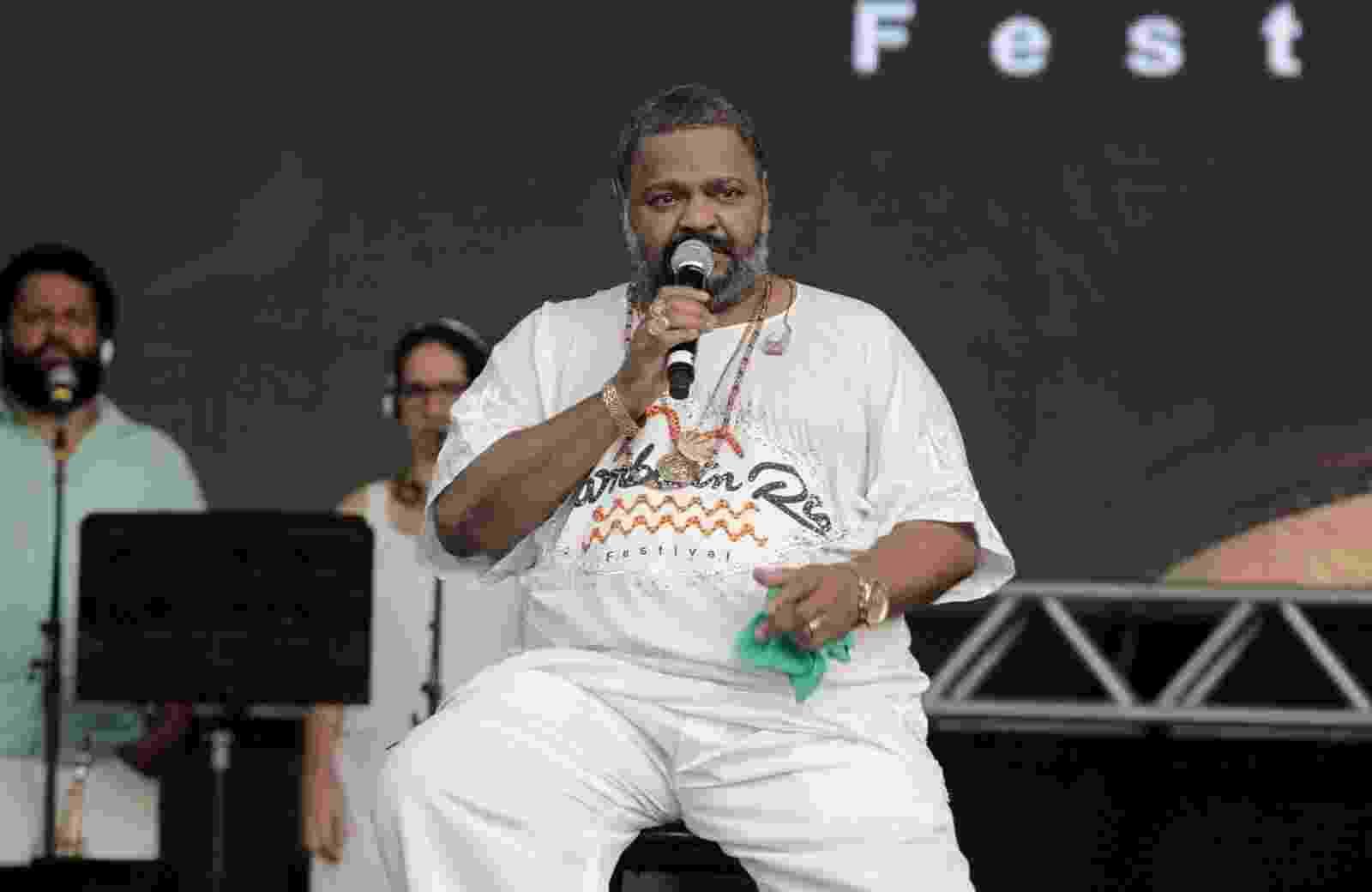 18.jul.2015 - Arlindo Cruz se apresenta na 1ª edição do festival Samba in Rio, na praça da Apoteose do sambódromo carioca - Marcello Sá Barretto/AgNews