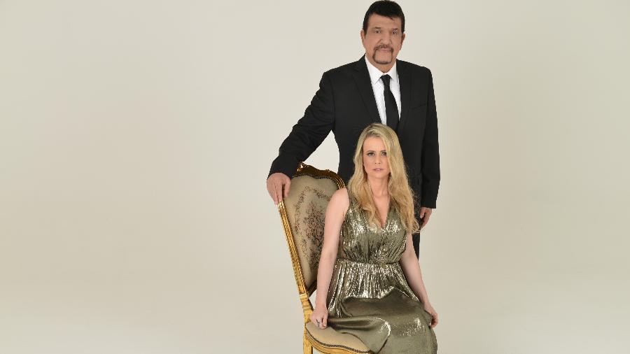 """Michael Sullivan e sua mulher Anayle, que lança o CD """"Atos"""", primeiro gospel da Warner  - Divulgação"""