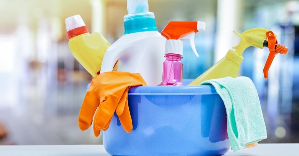 Faxina, produto de limpeza